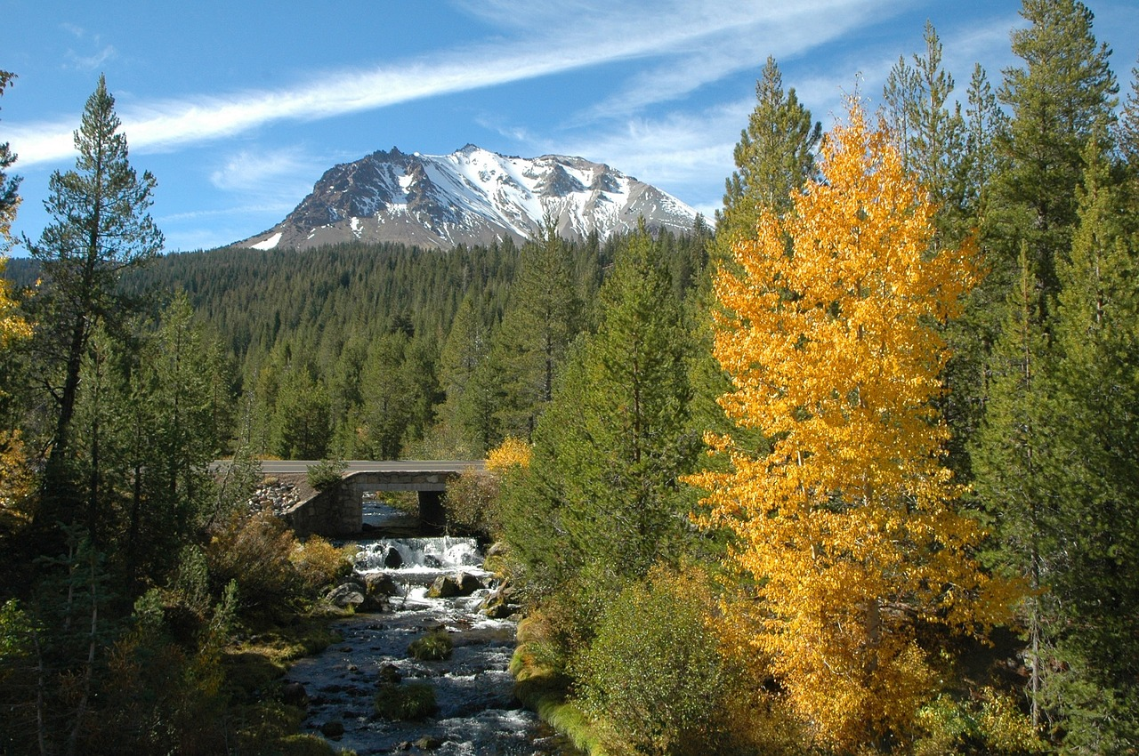 California Getaways - Lassen Volcanic National Park